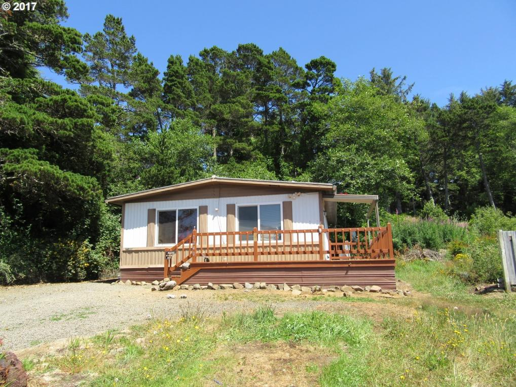 7240 Holiday Ave, Gleneden Beach, OR 97388
