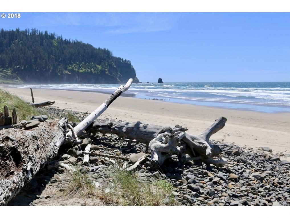 4th St, Cape Meares, OR 97141