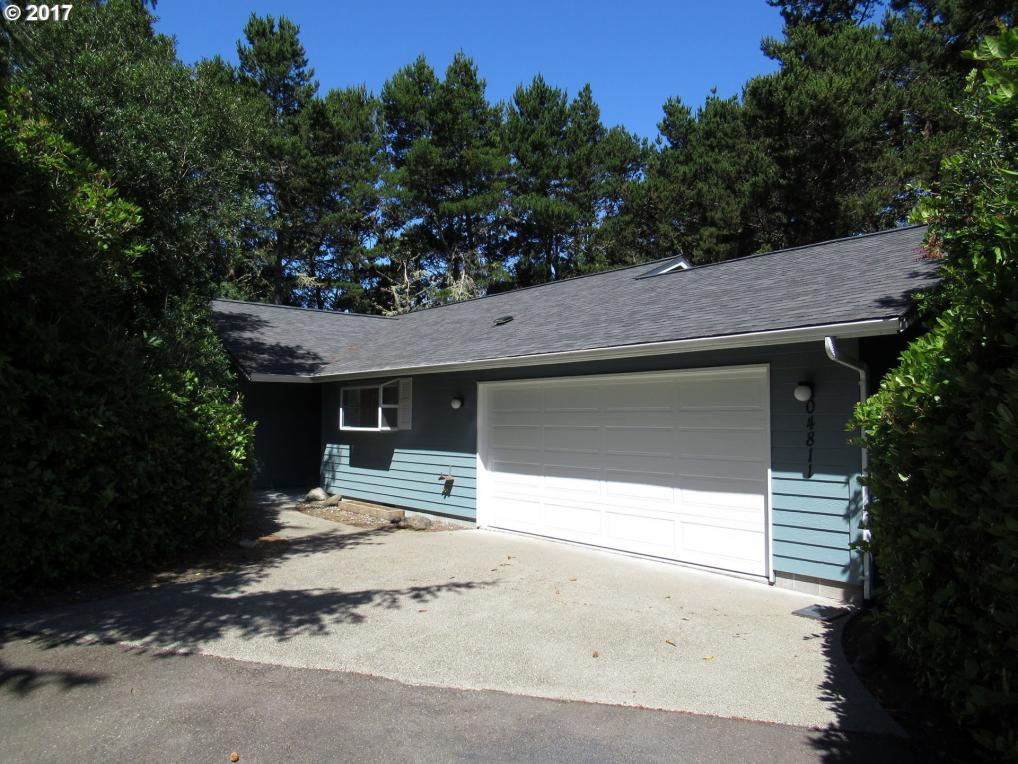 4811 Oceana Dr, Florence, OR 97439