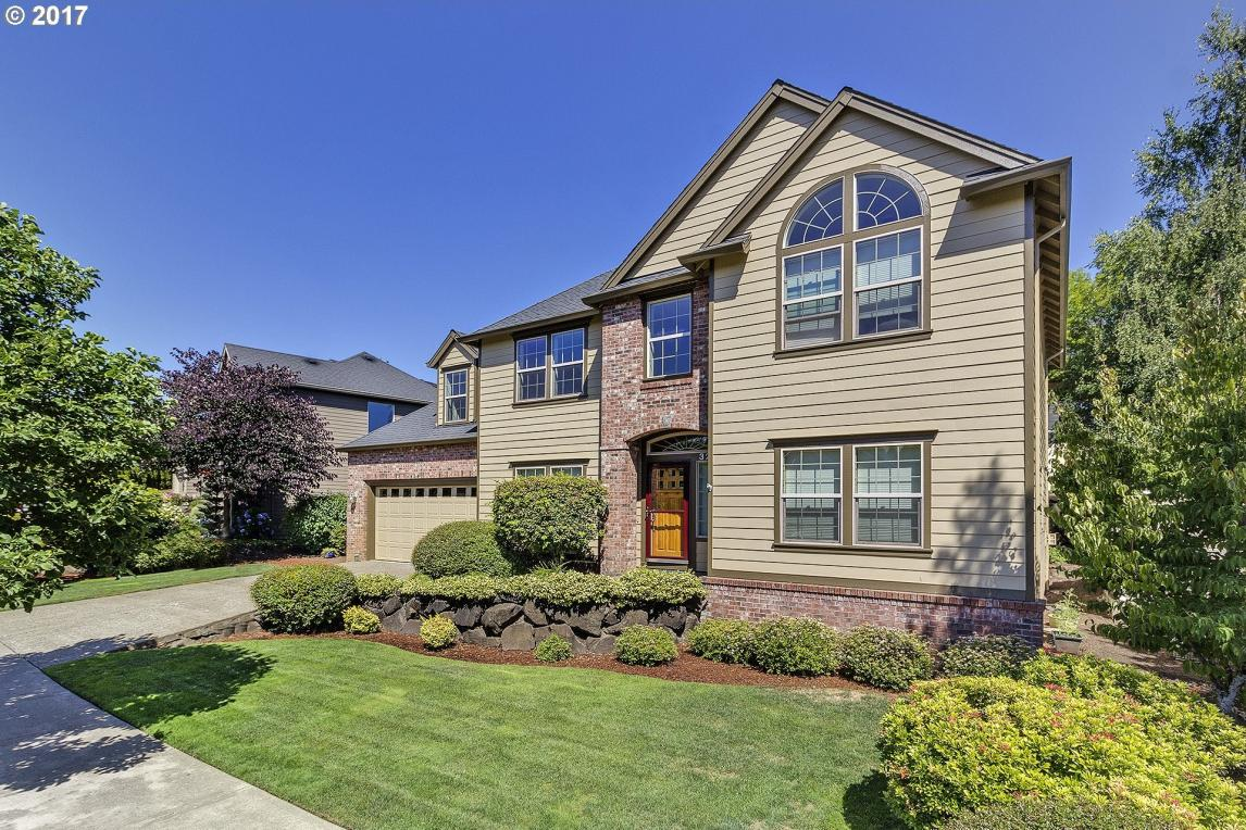 3291 Ridge Pointe Dr, Forest Grove, OR 97116