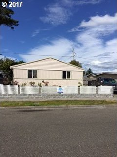 966 Flanagan, Coos Bay, OR 97420