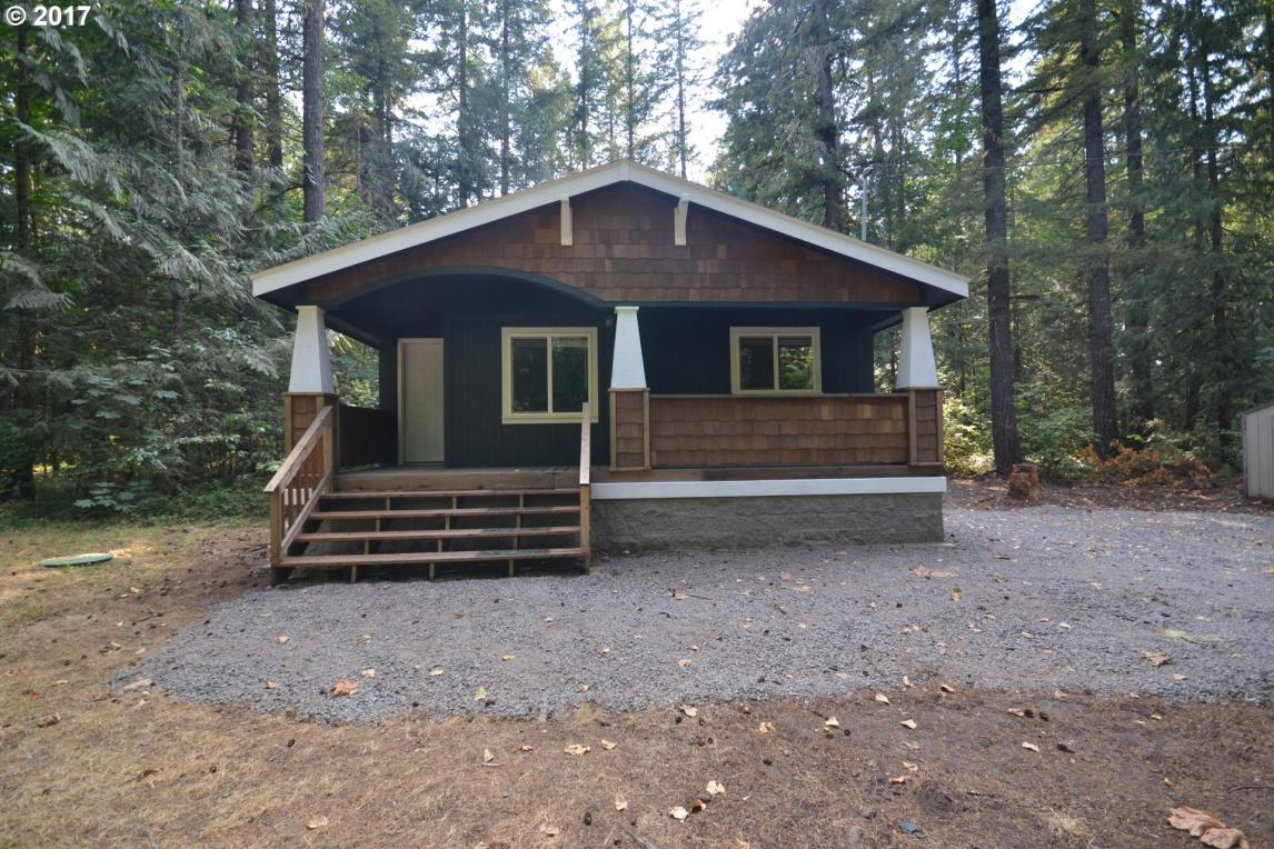 68694 E Barlow Trail Rd, Rhododendron, OR 97049