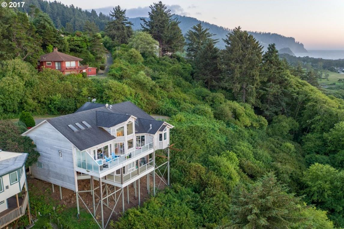 47330 Beach Crest Dr, Neskowin, OR 97149