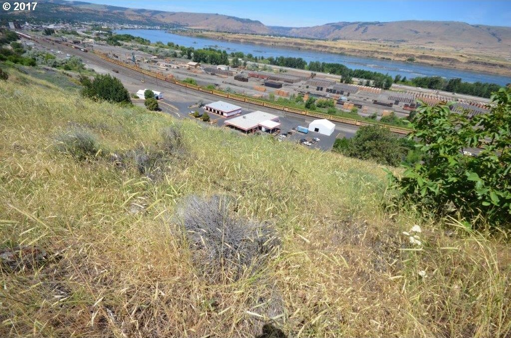 Old Dufur Rd, The Dalles, OR 97058