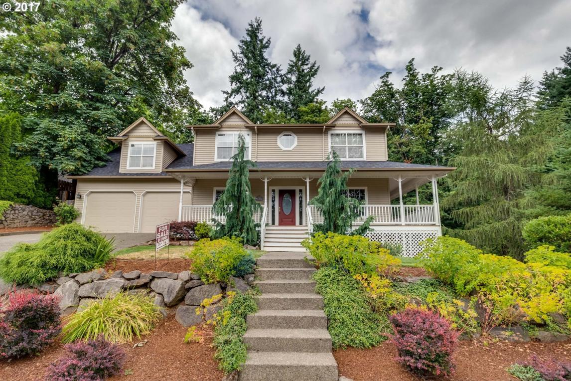 14633 SW Woodhue St, Tigard, OR 97224