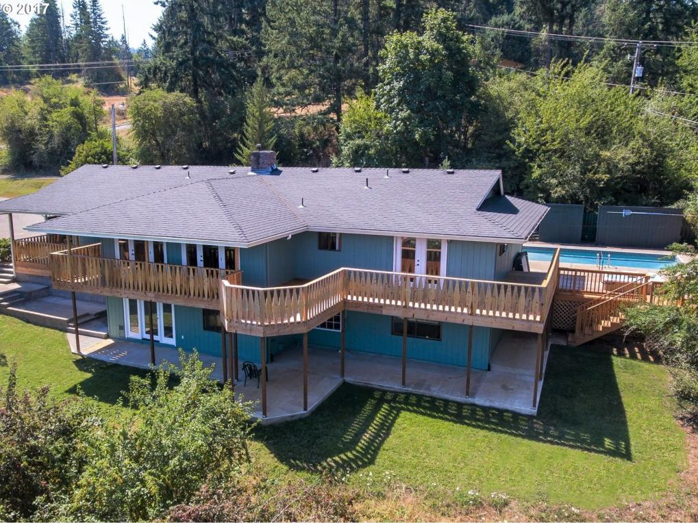 130 Cherry Ave, Sutherlin, OR 97479