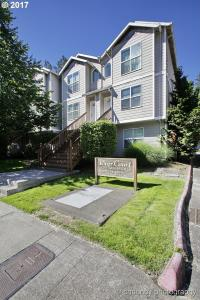 800 E Hist Columbia River Hwy, Troutdale, OR 97060