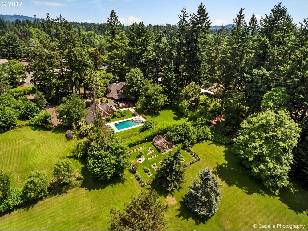 3935 SW 91st Ave, Portland, OR 97225