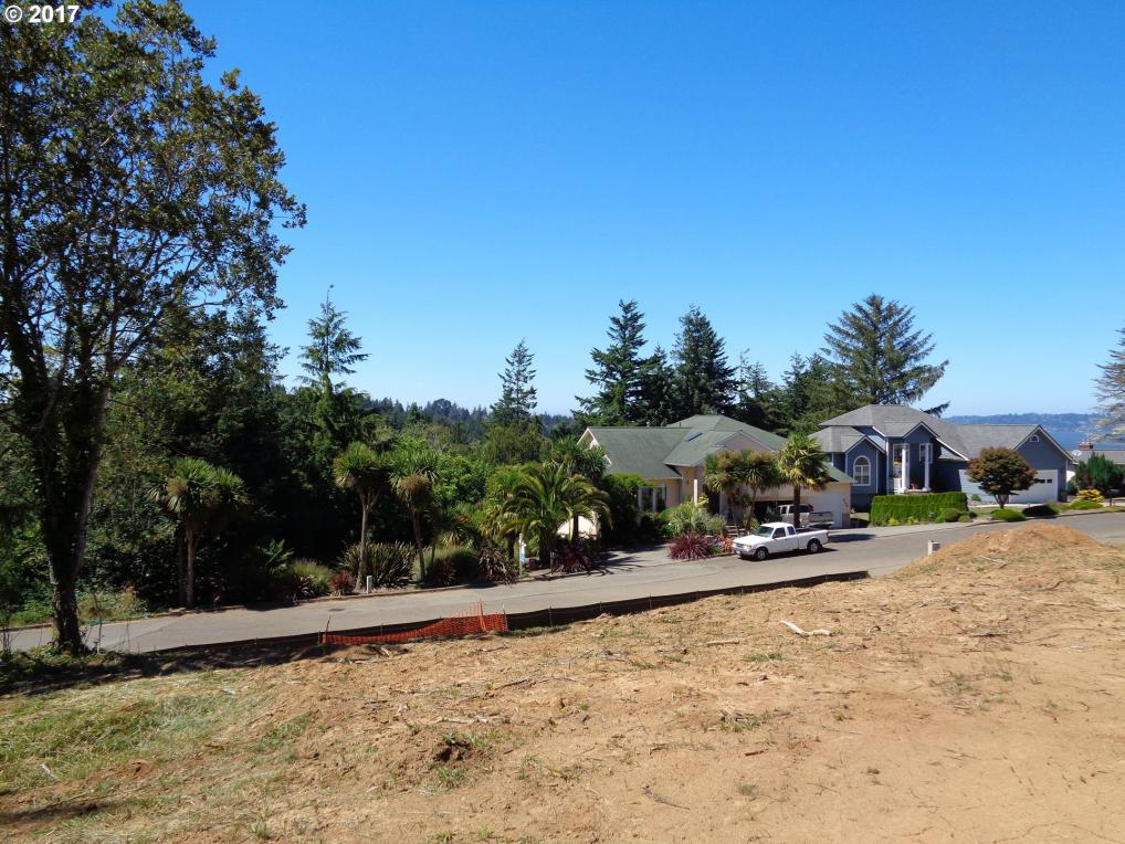N 7th Rd, Coos Bay, OR 97420
