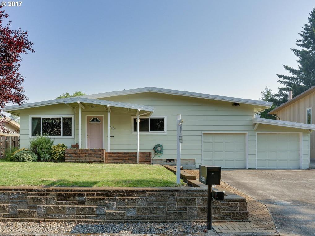 19305 SW Anderson St, Aloha, OR 97078