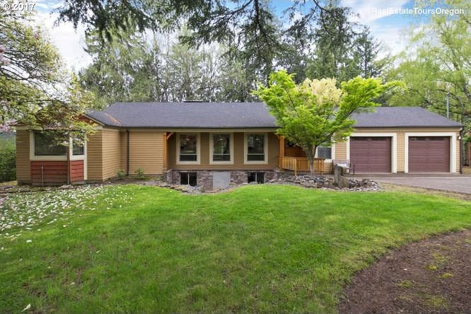 2645 SW Maple Ln, Portland, OR 97225