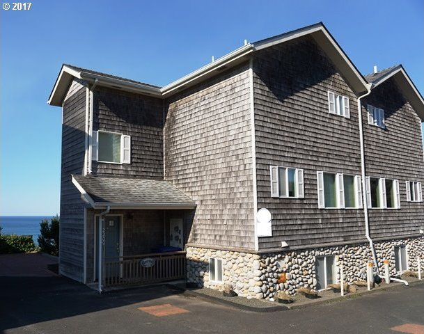 2209 SW Coast Ave #1, Lincoln City, OR 97367