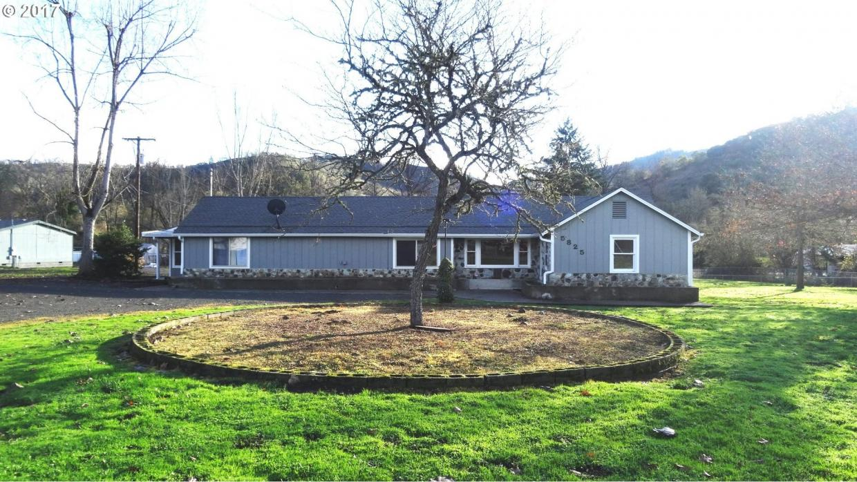 5825 North Umpqua Hwy, Roseburg, OR 97470