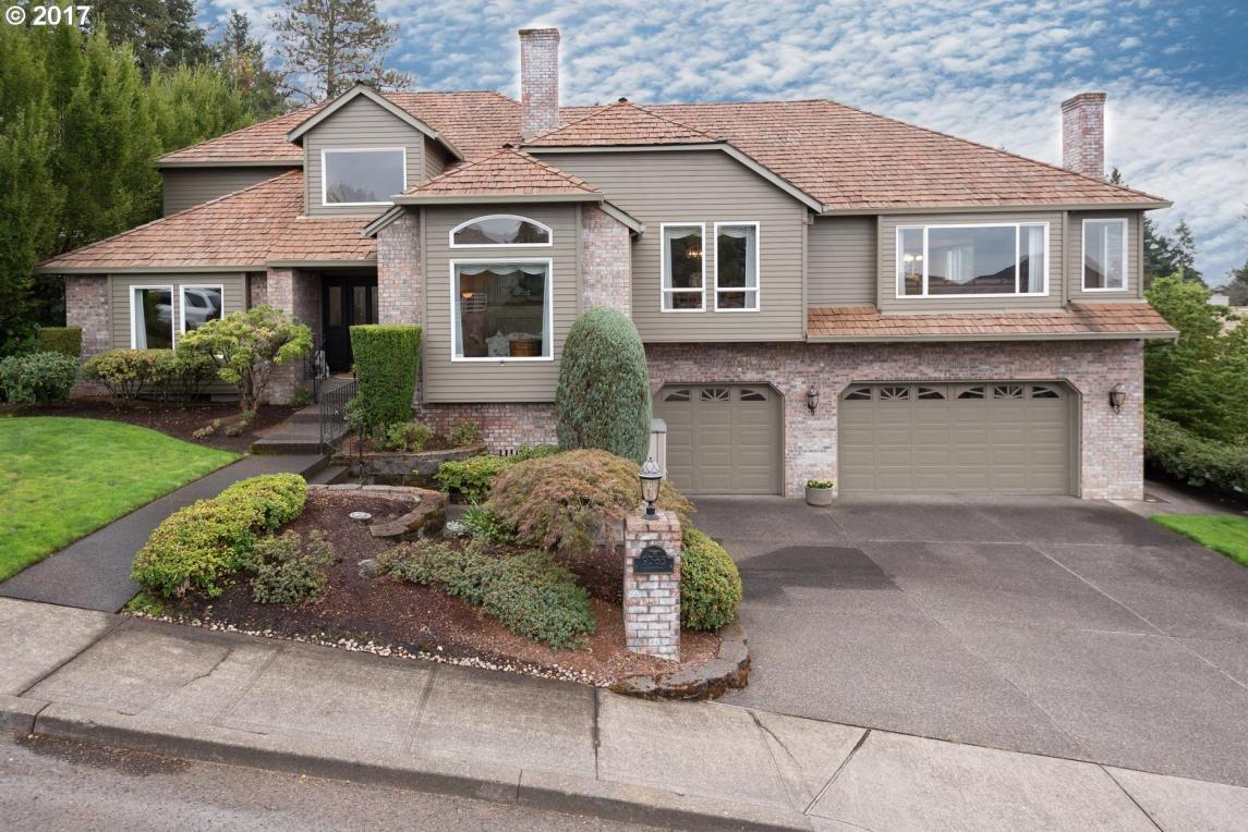 9385 SE Dundee Dr, Happy Valley, OR 97086