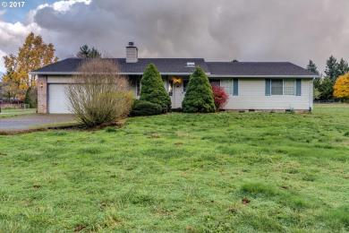 20425 Meadow Ave, Oregon City, OR 97045