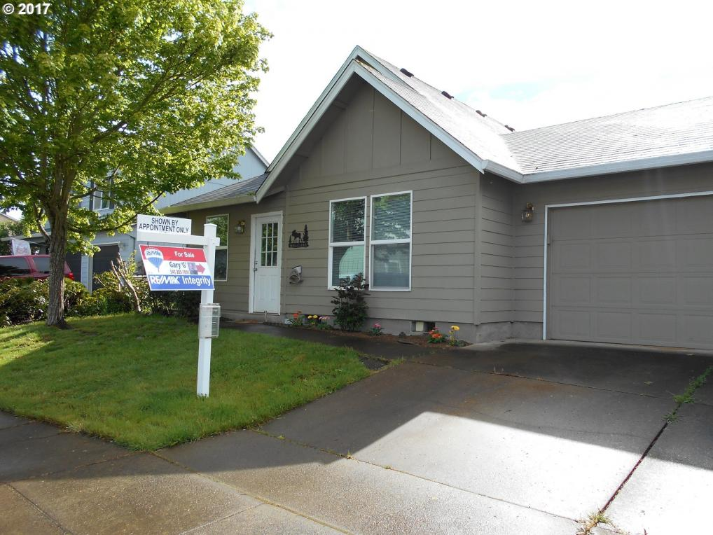 2472 Mount Vernon St, Albany, OR 97322