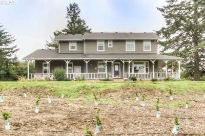 Photo of 29268 Berlin Rd, Sweet Home, OR 97386