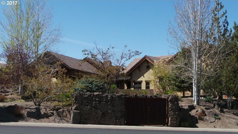 23153 Switchback Ct, Bend, OR 97701