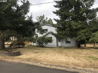 2400 Four Oaks Grange Rd, Eugene, OR 97405