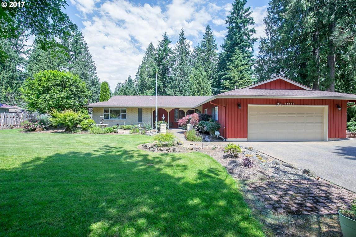 18983 S Forest Grove Loop, Oregon City, OR 97045