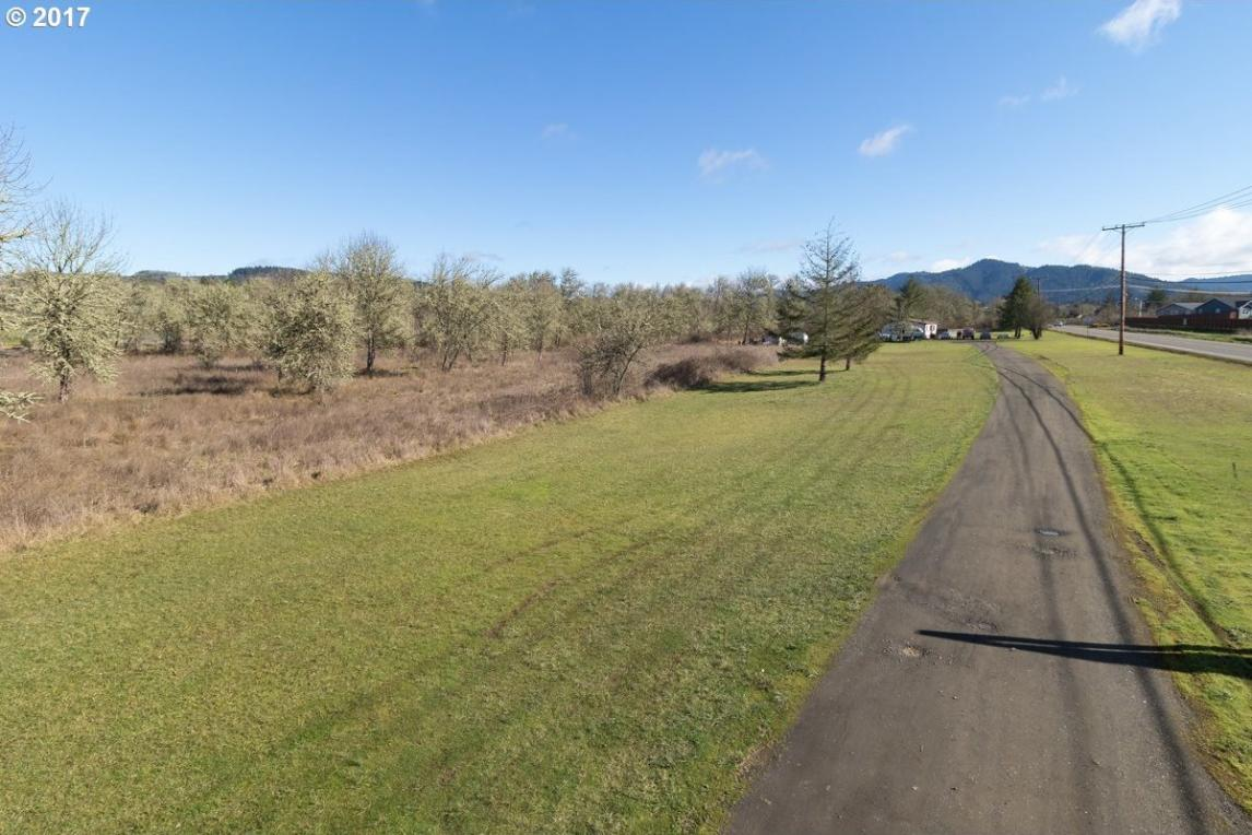 821 State Highway 138, Sutherlin, OR 97479