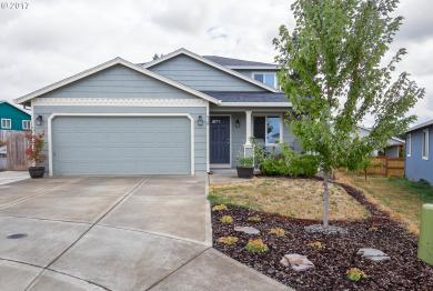 918 N Lincoln St, Lafayette, OR 97127