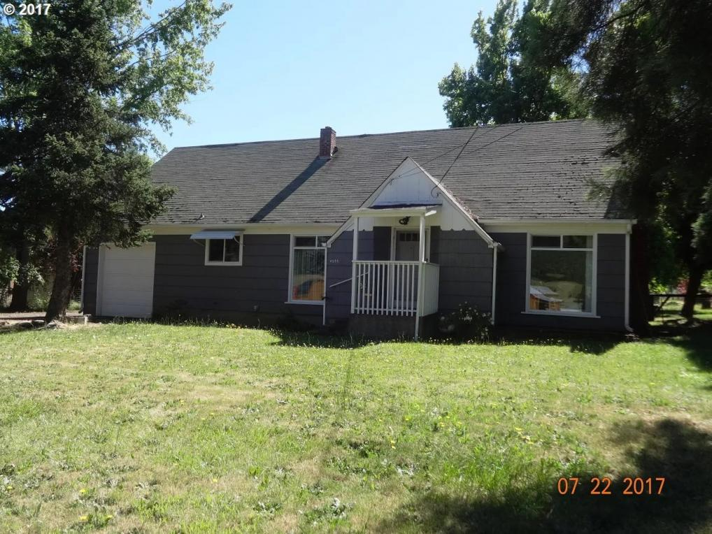 4595 NE Stephens St, Roseburg, OR 97470