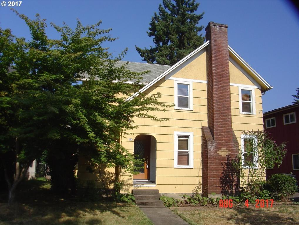 228 NW 9th St, Corvallis, OR 97330