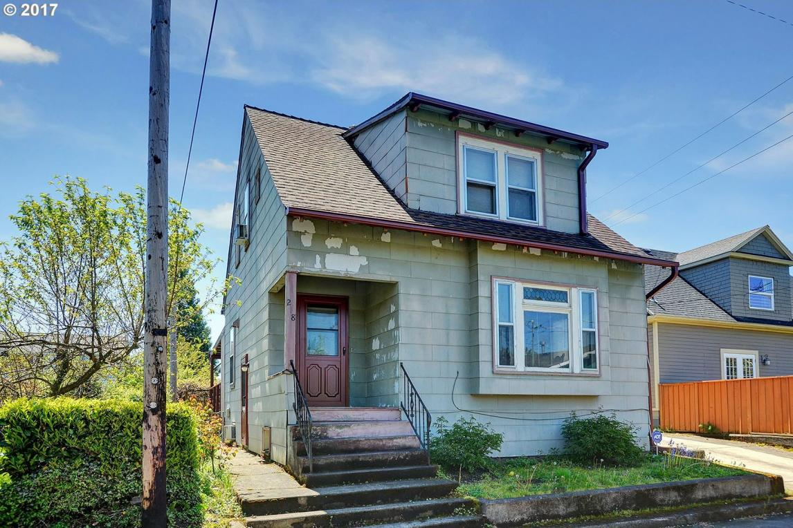 218 N Going St, Portland, OR 97217