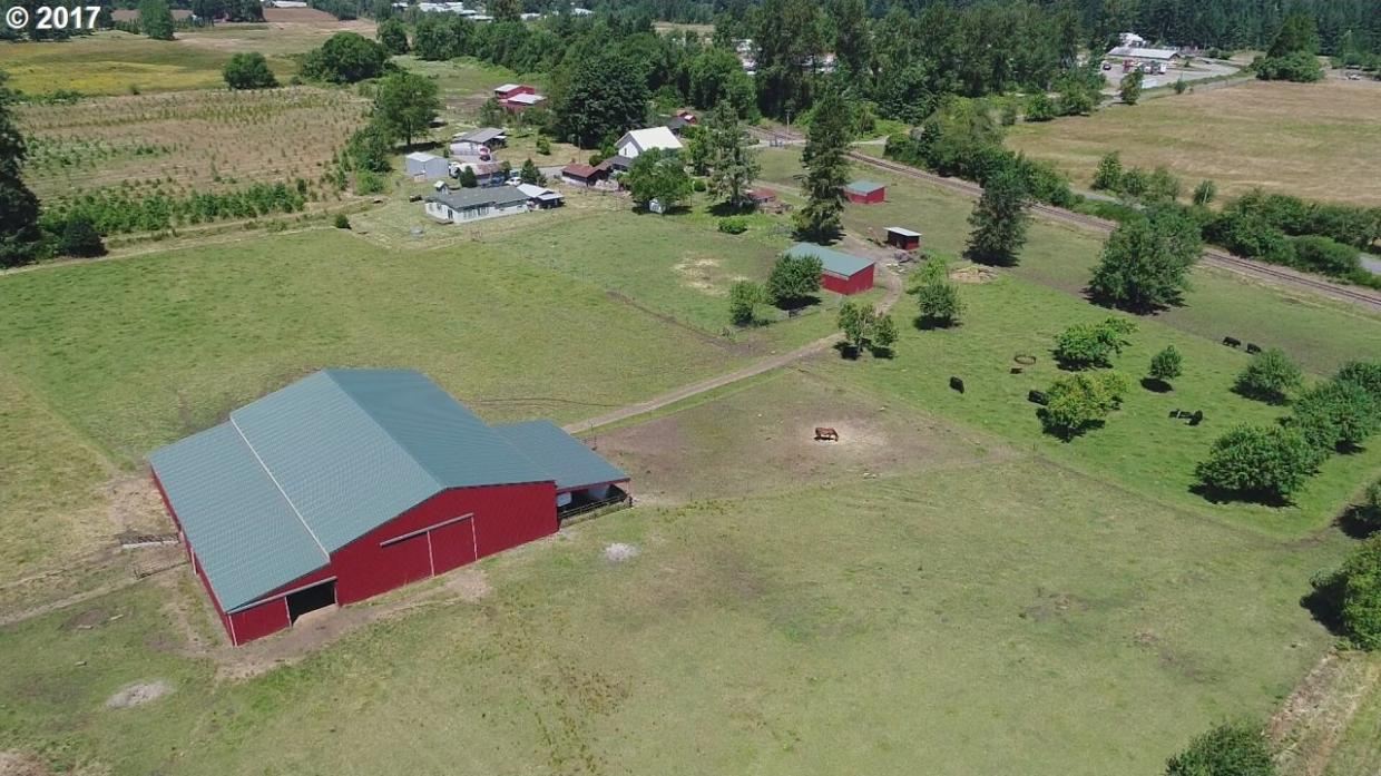 40765 Trask Rd, Lyons, OR 97358