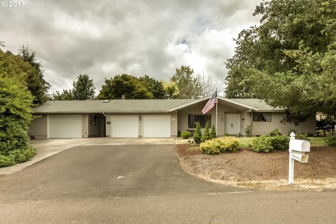 3310 Terrace Dr, Albany, OR 97321