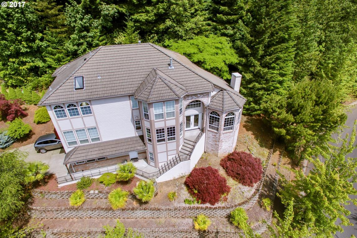 9750 SE Westview Ct, Happy Valley, OR 97086