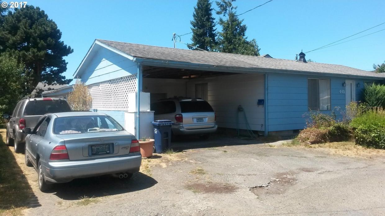 445 N Elm St, Coquille, OR 97423