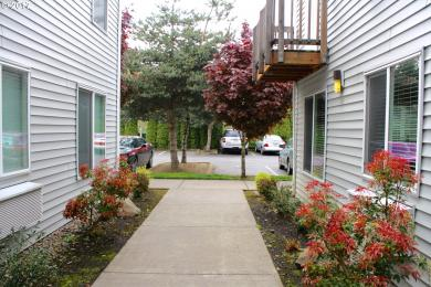 217 NE 146th Ave #25, Portland, OR 97230
