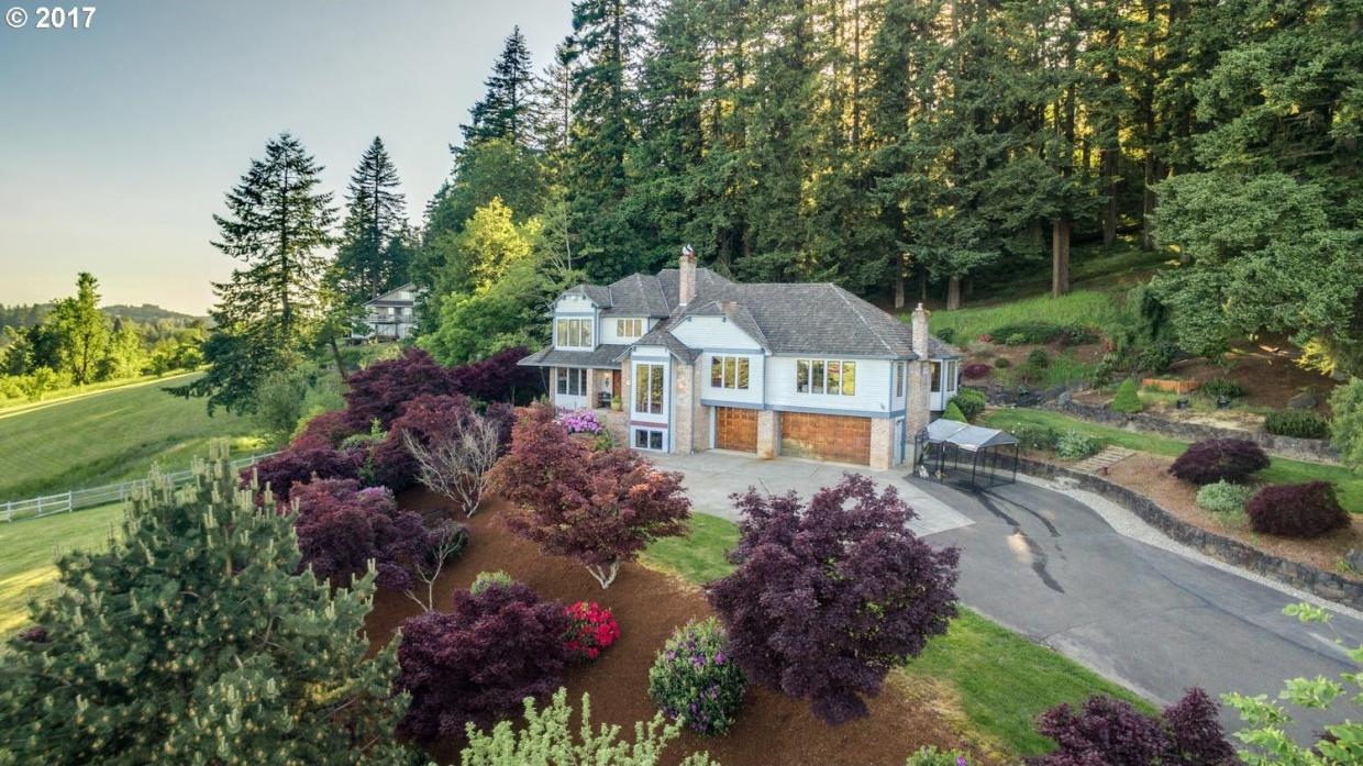 24141 SE Borges Rd, Damascus, OR 97089