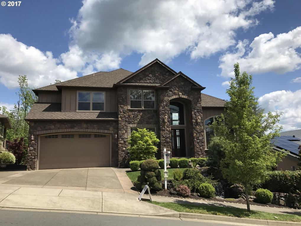 15725 SE Chelsea Morning Dr, Happy Valley, OR 97086