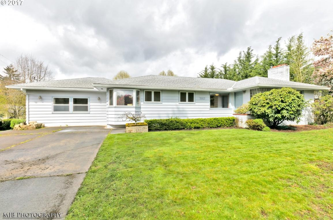 7027 SW 45th Ave, Portland, OR 97219
