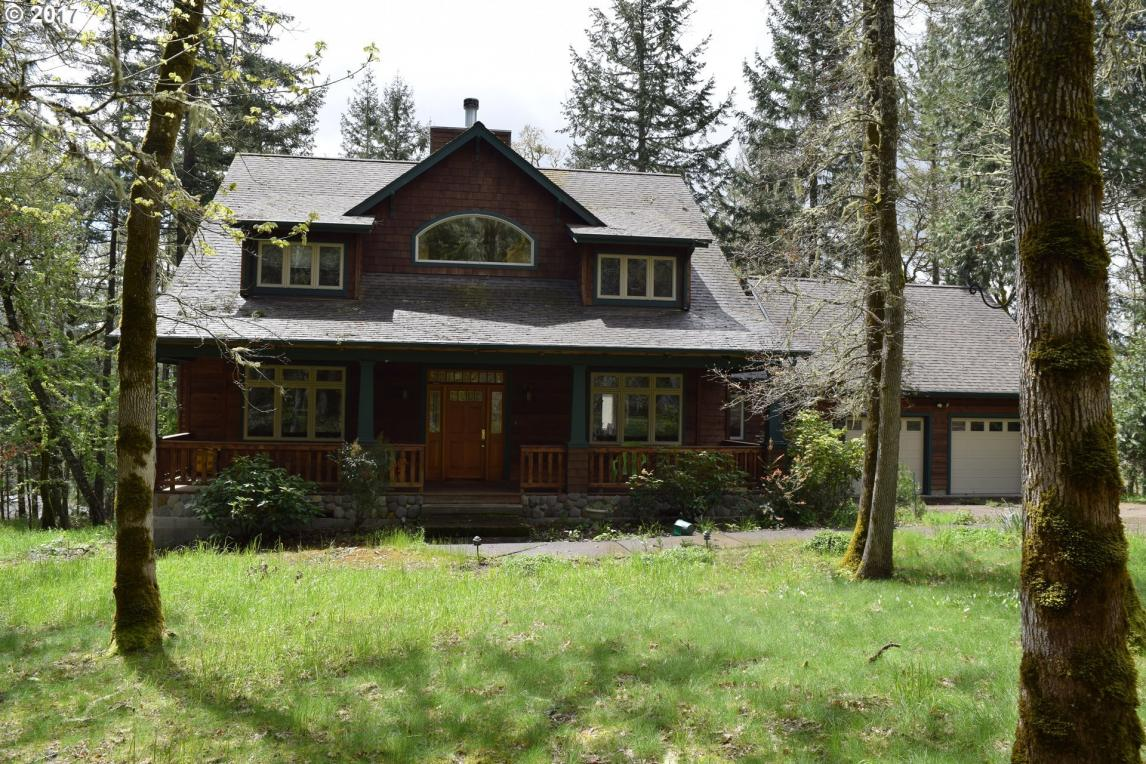 770 N Moss St, Lowell, OR 97452