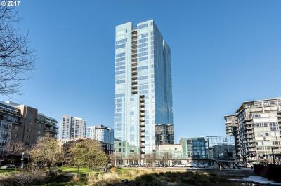 Photo of 1075 NW Northrup St #1617, Portland, OR 97209