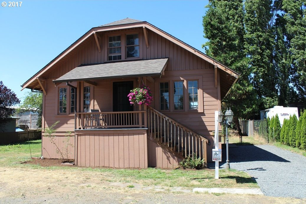 545 11th St, St. Helens, OR 97051