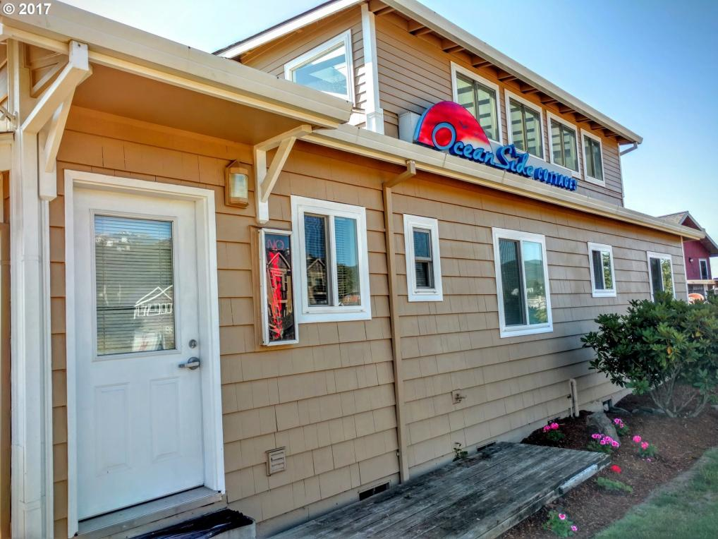105 S 6th Ave, Rockaway Beach, OR 97136