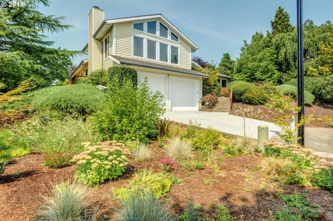 11363 SE Hazel Hill Rd, Happy Valley, OR 97086