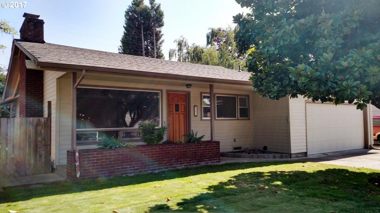 824 Maxwell Rd, Eugene, OR 97404