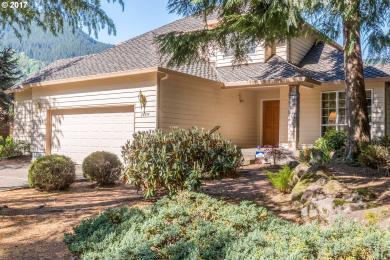 24899 E Bright Ave, Welches, OR 97067