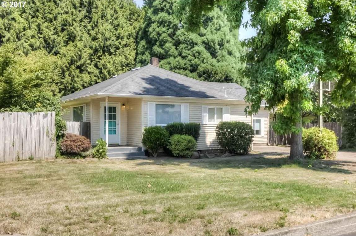 1405 NE 1st St, Mcminnville, OR 97128