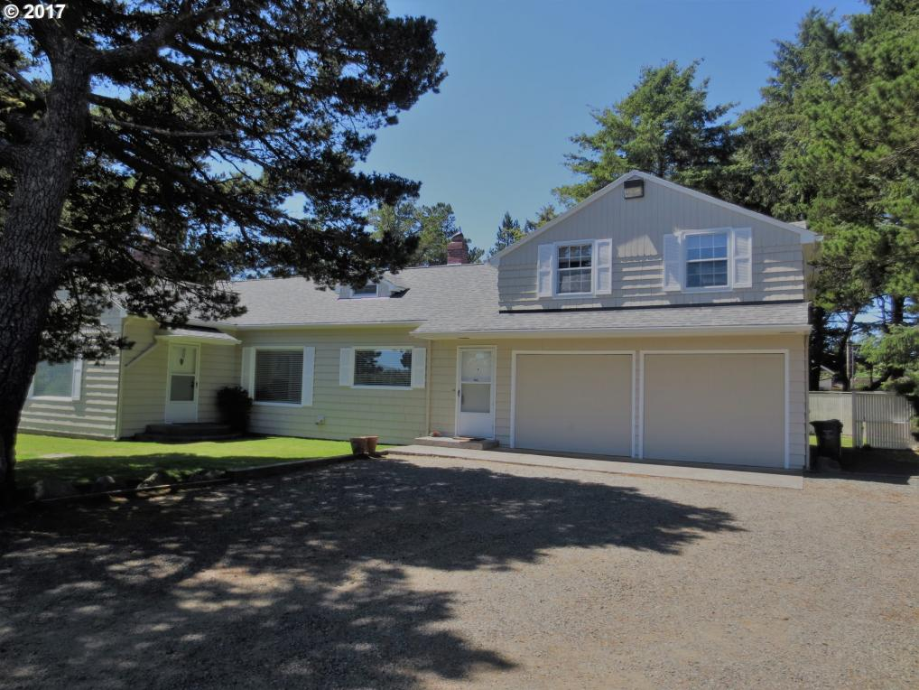 356 3rd St, Gearhart, OR 97138