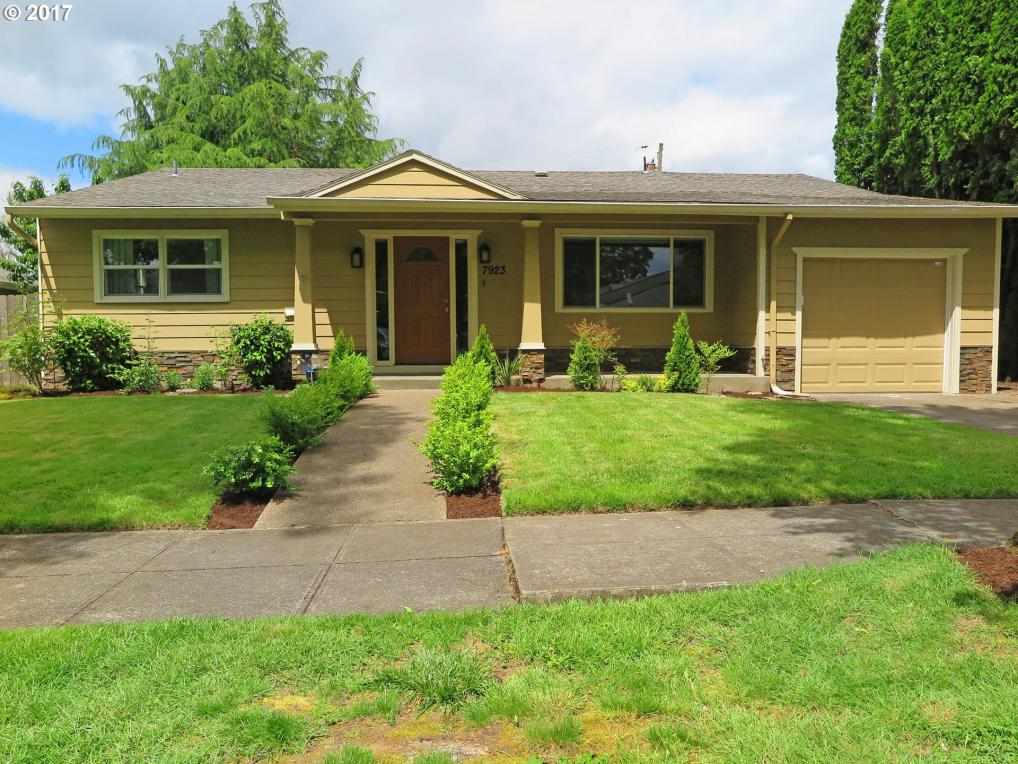 7923 SE Sherman St, Portland, OR 97215