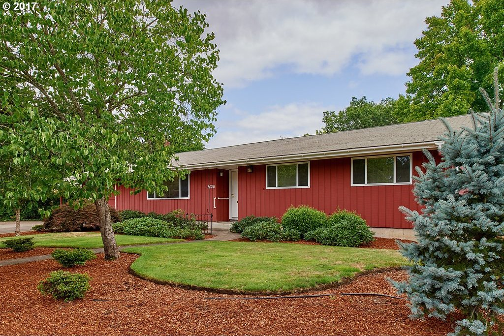 1435 NW 29th St, Corvallis, OR 97330