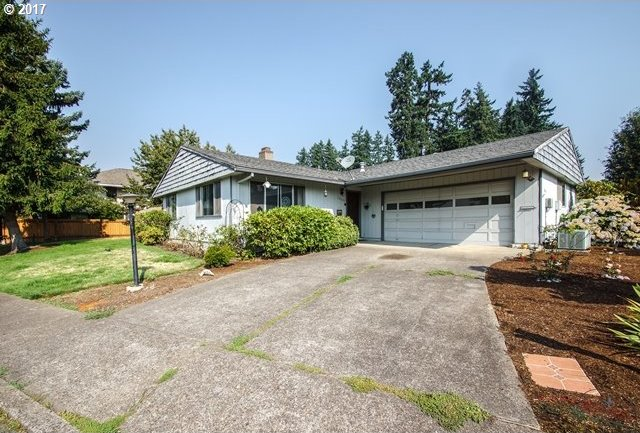 16605 SW King Charles Ave, King City, OR 97224