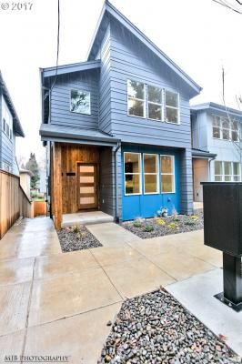 Photo of 2422 SE Morrison St, Portland, OR 97214